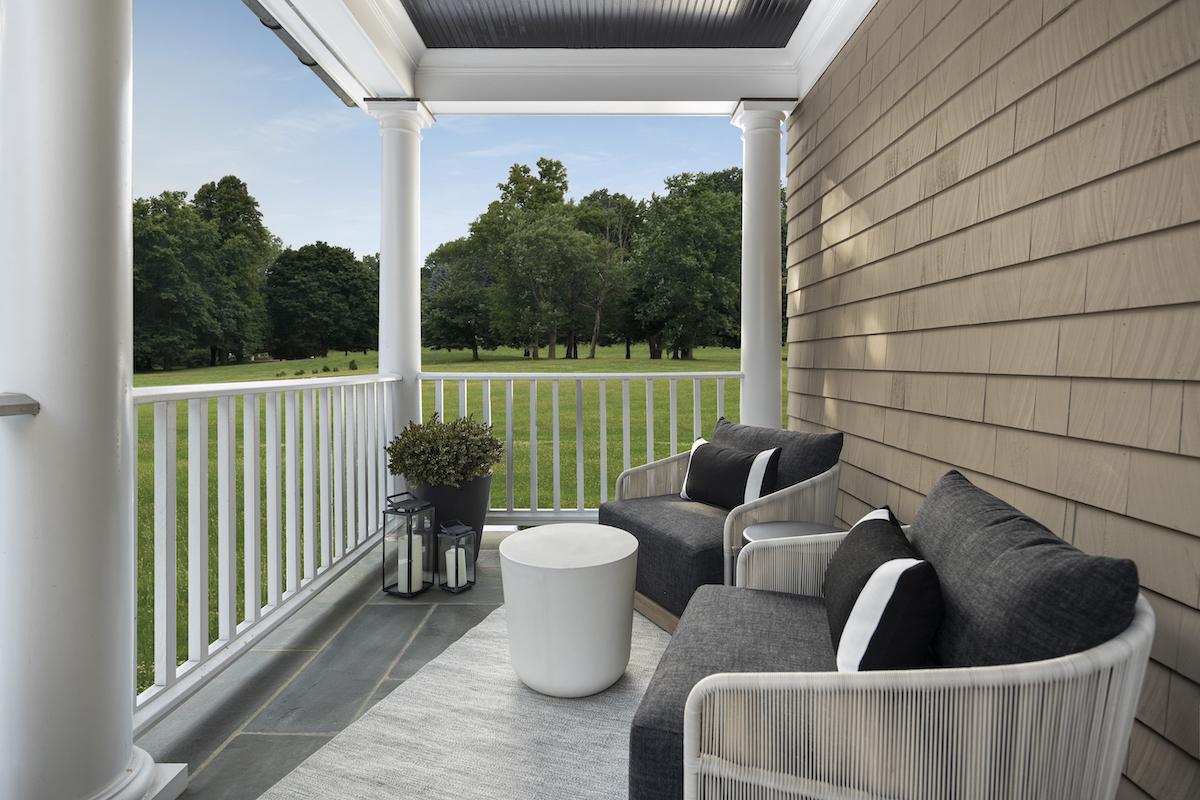 manuella-moreira-interiors-front-porch-design-ct