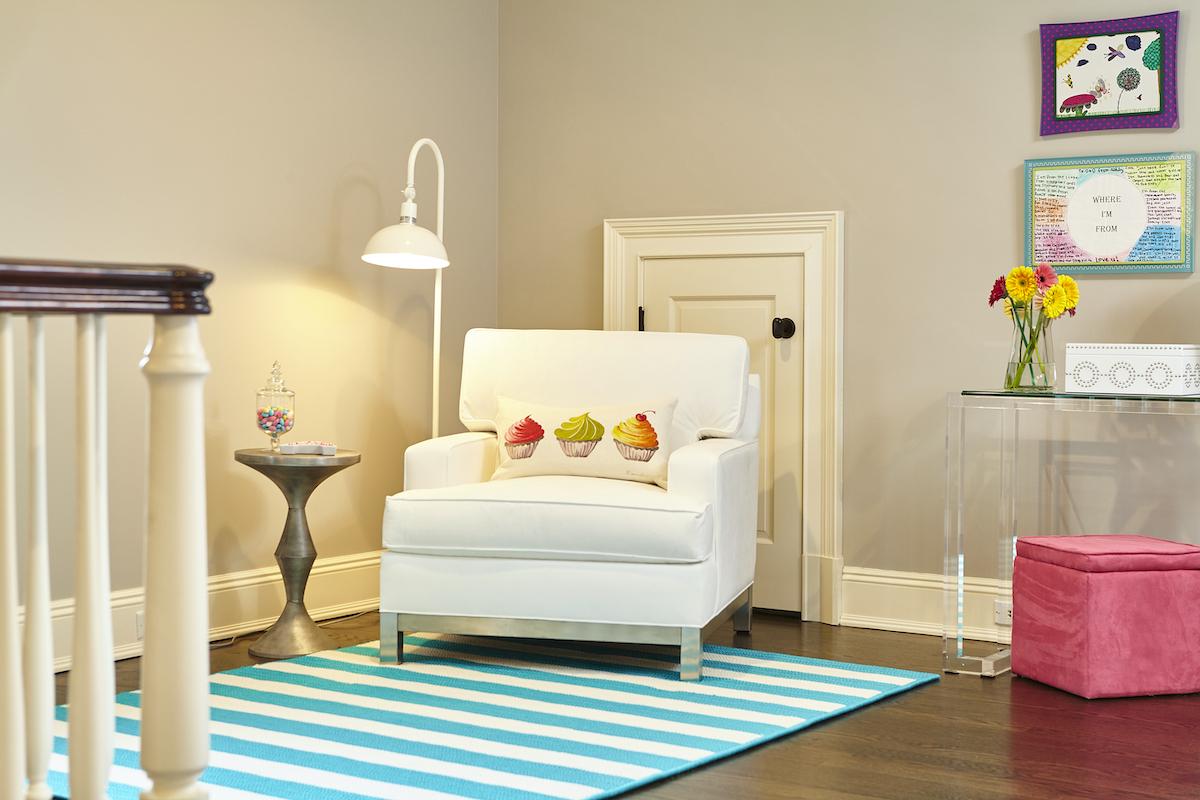 kids-reading-chair-playroom-interior-design