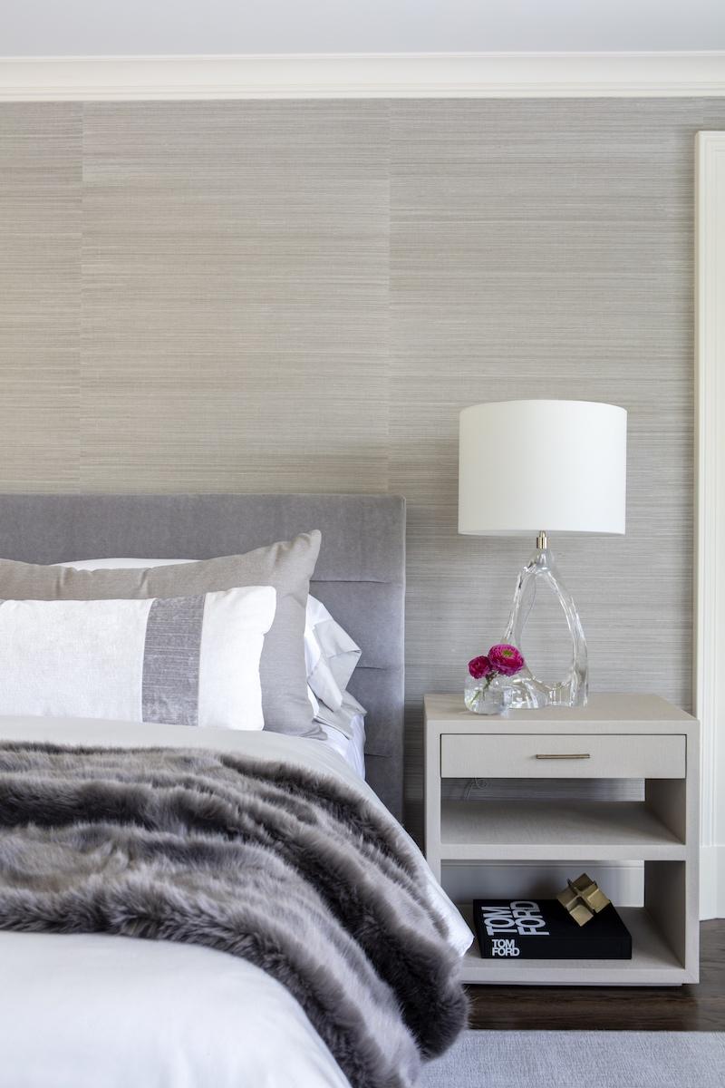 master-bedroom-nightstand-table-lamp