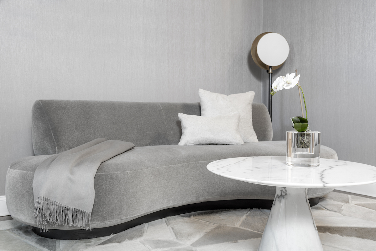 manuella-moreira-interiors-bedroom-design-gray-couch